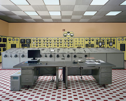 Lindoso power station: control room (frontal view), 2012 (c) Edgar Martins
