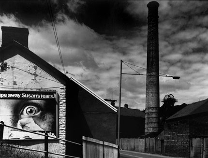 Lewis Merthyr Colliery, Trehafod, from The Valleys Project, 1985 (c) David Bailey