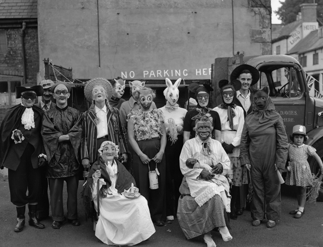 650pxGeoff-Charles,-Ellesmere-Carnival,-4th-September,-1955.-Courtesy-of-National-Library-of-Wales